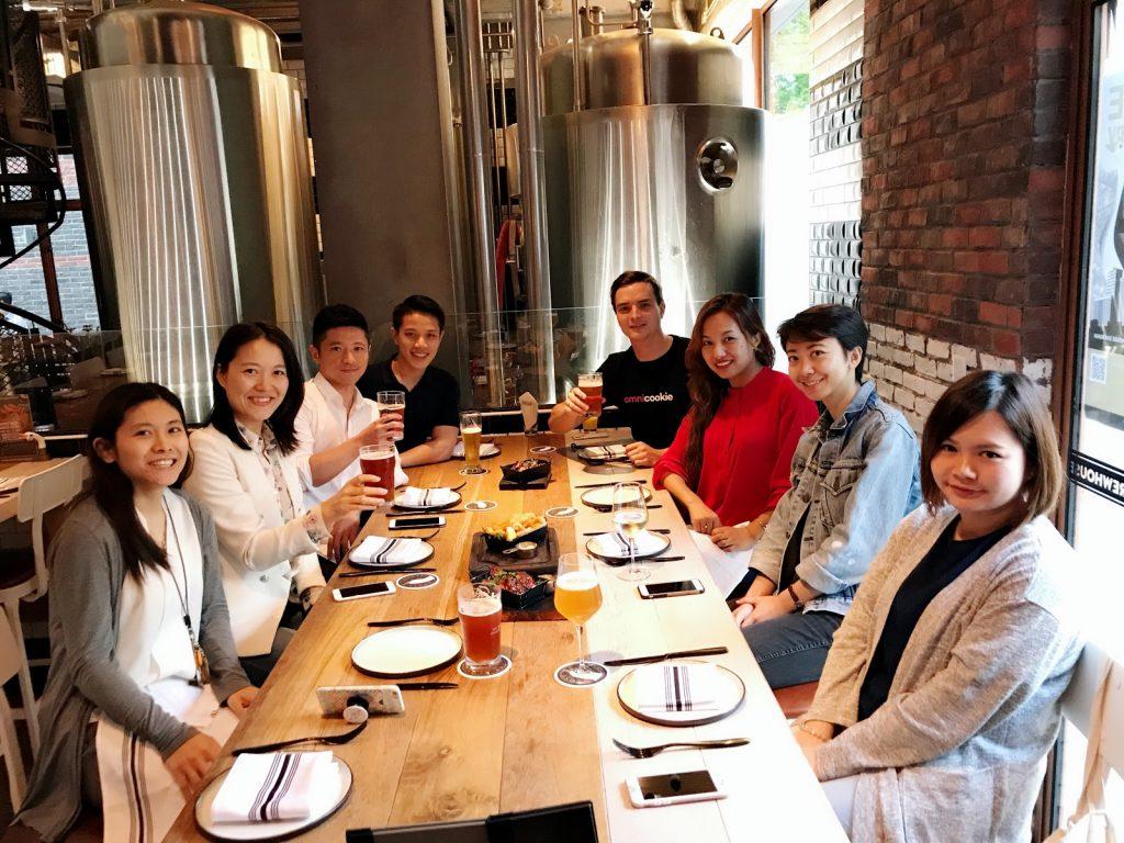 Cosmose: Zespół w Chinach